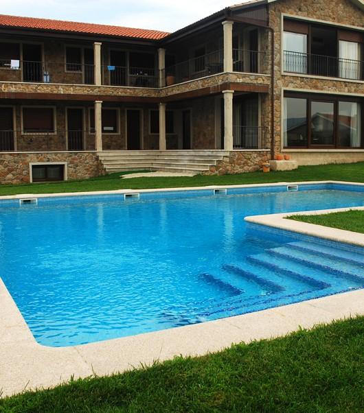 Piscina comunitaria para casa de turismo rural piscinas - Ver piscinas y precios ...